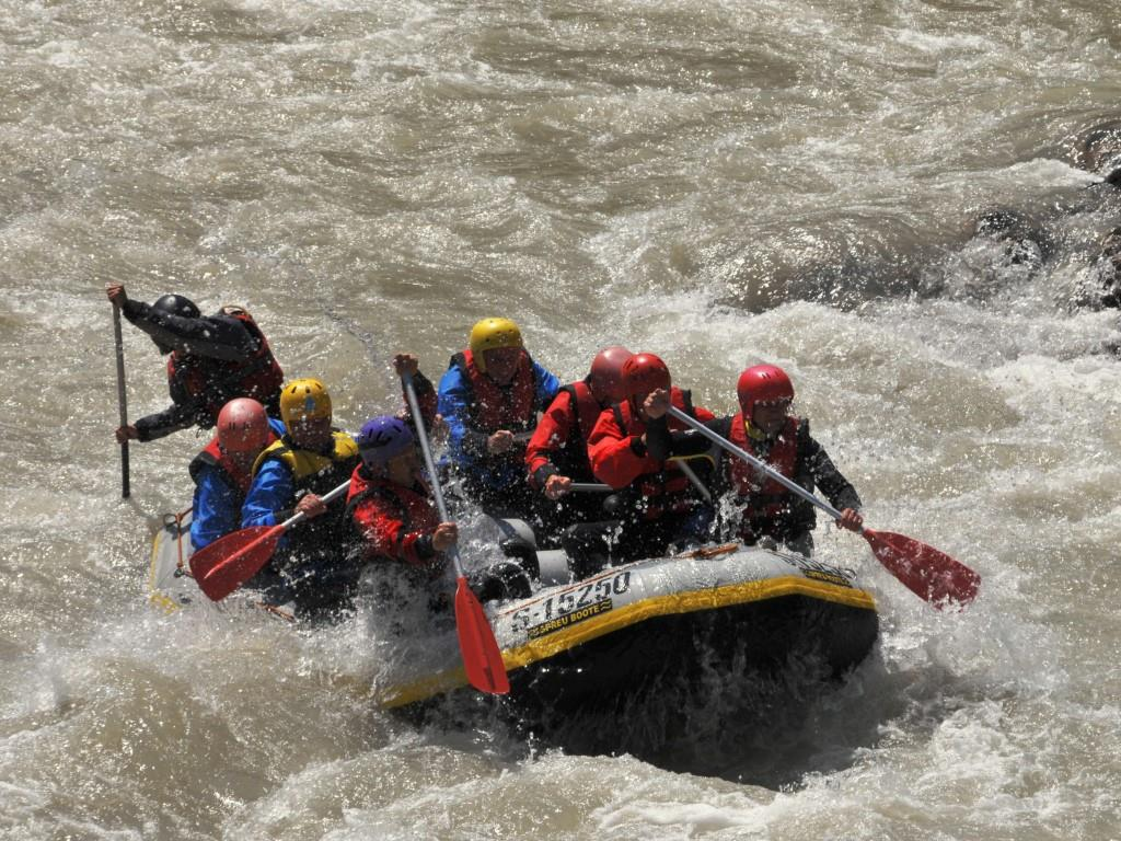 rafting tour action bayern